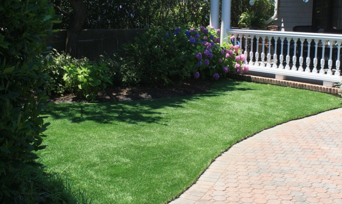 Artificial Grass for Landscape Lawns and Residential Properties